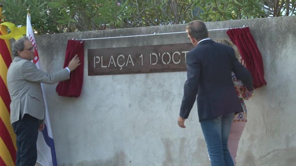 Palol de Revardit bateja com a Plaça 1 d'octubre una de les principals places del poble