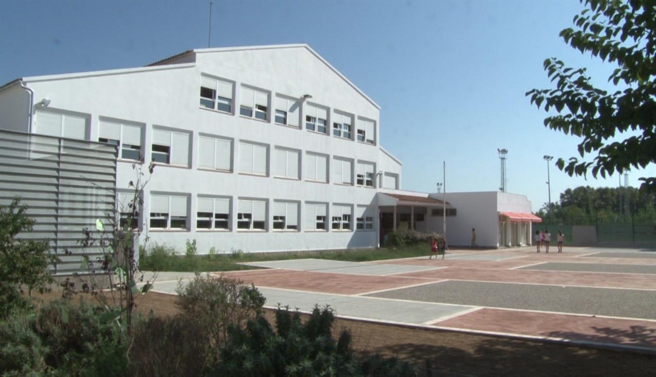 Rentat de cara a l'escola La Vall del Terri