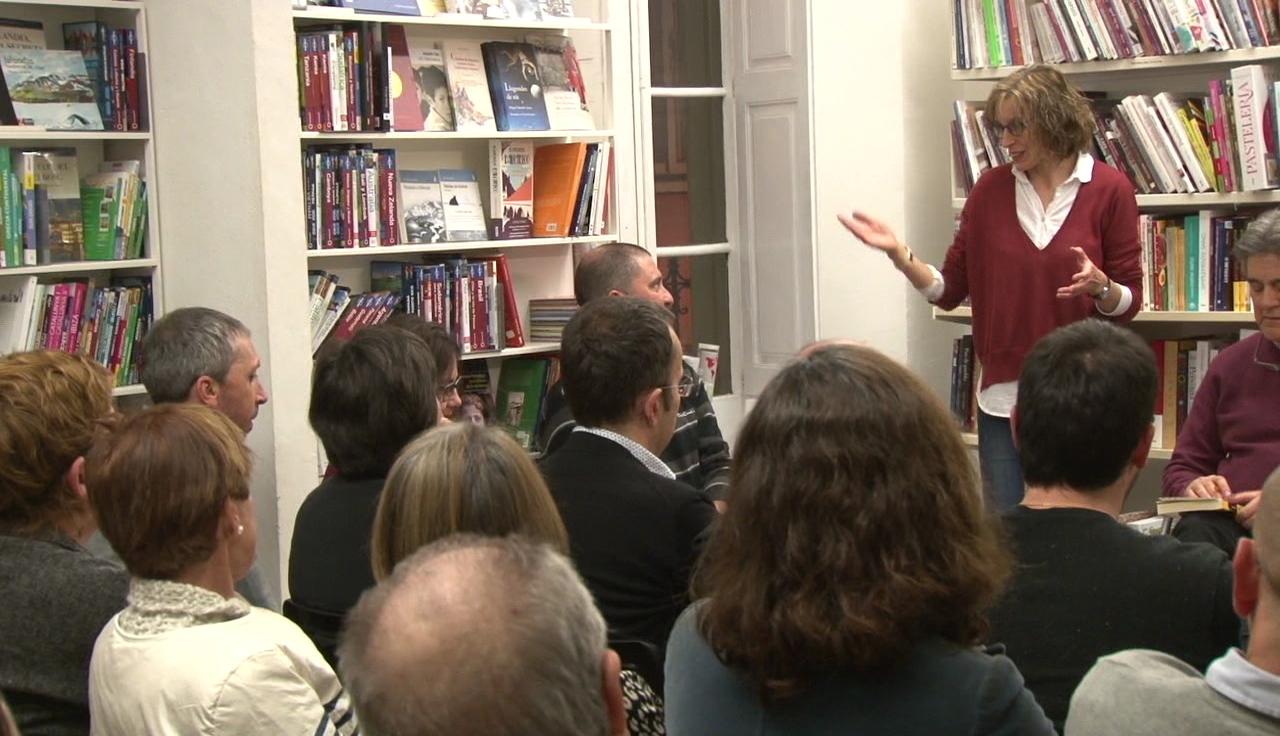 La llibreria l'Altell avança Sant Jordi i organitza una quinzena de signatures de llibres aquest diumenge