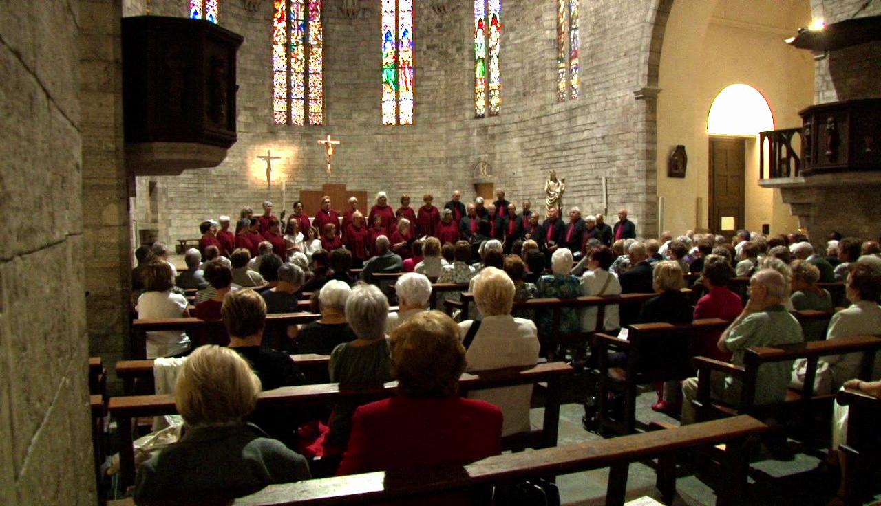 """""""Cantem"""" omple l'església de Santa Maria dels Turers"""