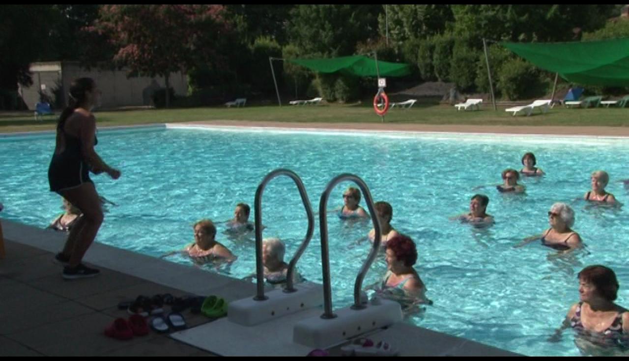 La piscina de Cornellà del Terri tornarà a oferir cursets de natació i classes d'aquagym