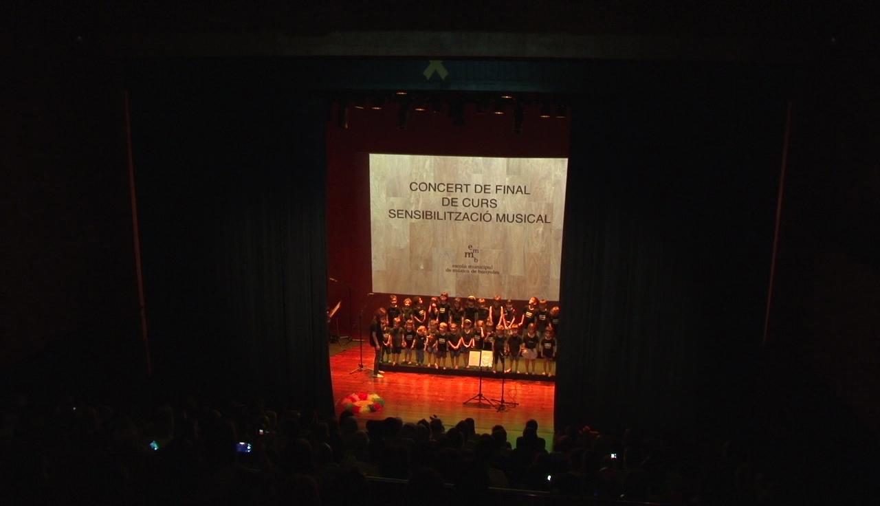 S'allarga el període d'inscripcions de l'Escola Municipal de Música de Banyoles